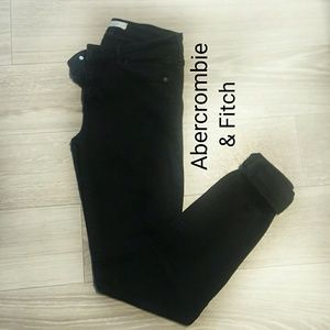 ABERCROMBIE AND FITCH BLACK STRETCH JEANS